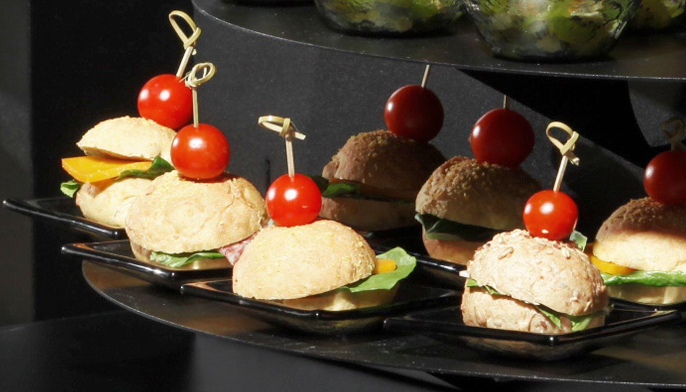 buffet fingerfood canape mini plates buffetize. Black Bedroom Furniture Sets. Home Design Ideas