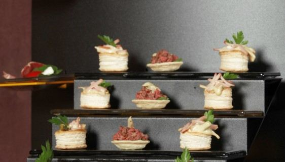 Canape Small Buffet Display Steps